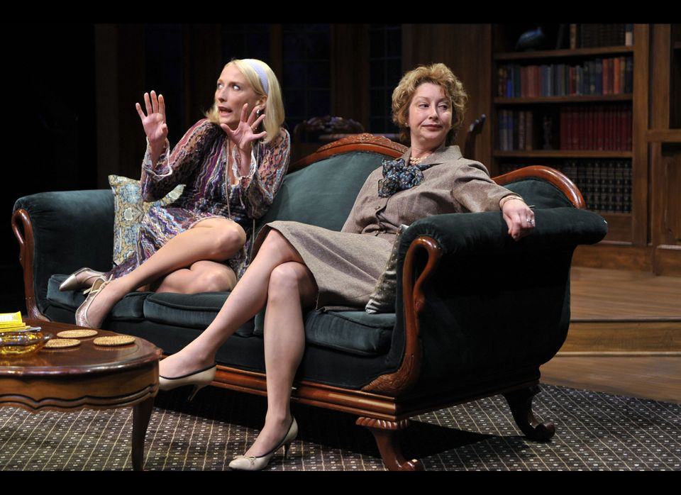 <em>Julia (Carrie Paff) and Agnes (Kimberly King) share an uncomfortable mother/daughter moment in Edward Albee's </em><em>A