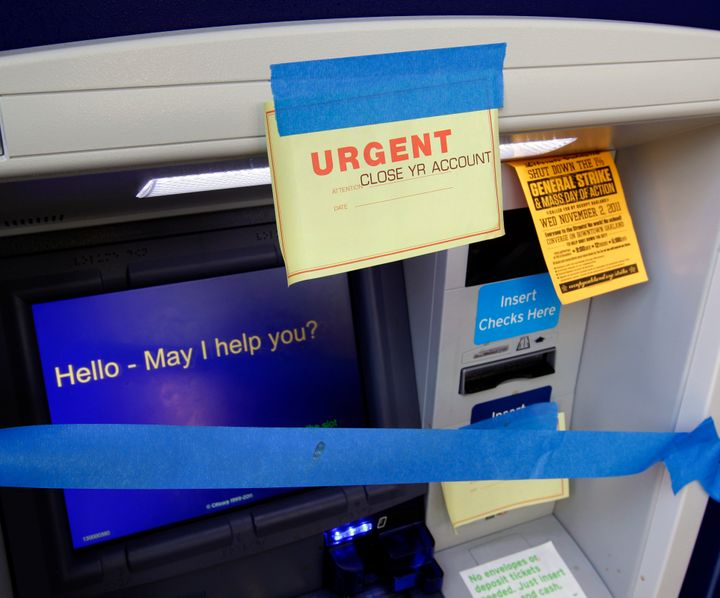 Oregon, U S  Bank Agree To Eliminate Some Bank Fees For The