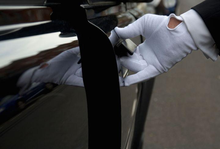 White Glove Indicator: Doorman Bonuses Mirror Brightening Economy
