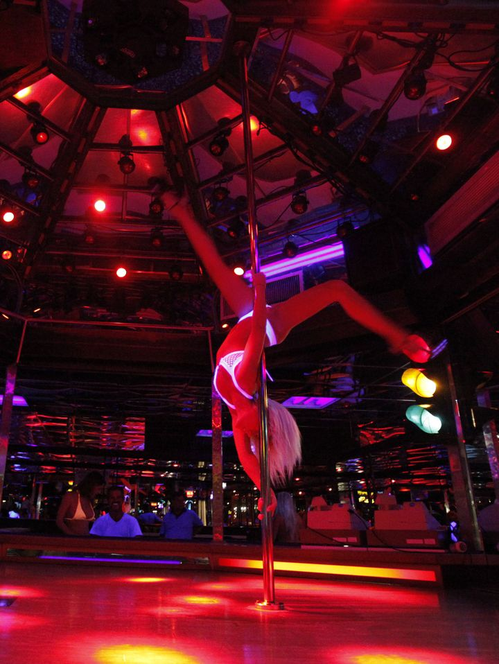 Tampa Strip Clubs >> Strippers Hands Down Say Gop Best Customers At Party Conventions