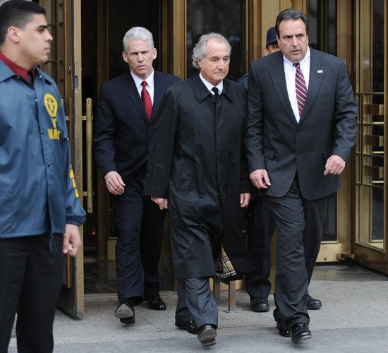 Madoff Walks Into Courthouse (VIDEO) | HuffPost