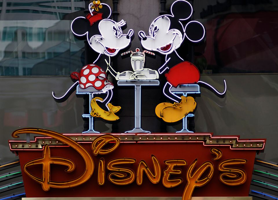"Walt Disney hiked its <a href=""http://finance.yahoo.com/news/special-dividends-soar-fiscal-cliff-233400631.html"">dividend pay"