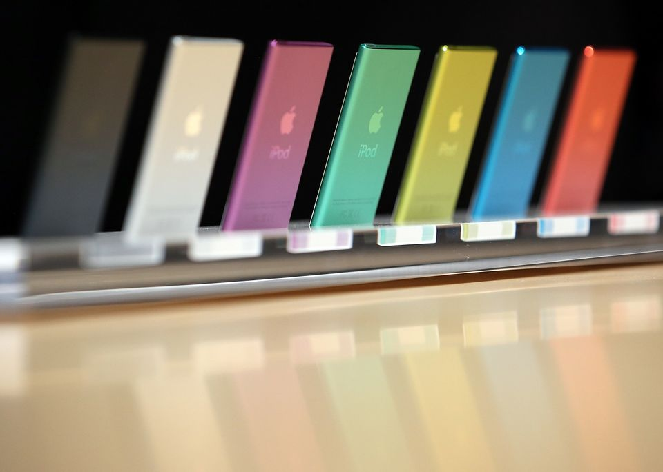 "For more than three years, iPod sales <a href=""http://www.zdnet.com/the-ipod-is-on-life-support-7000001573/"">have been on the"