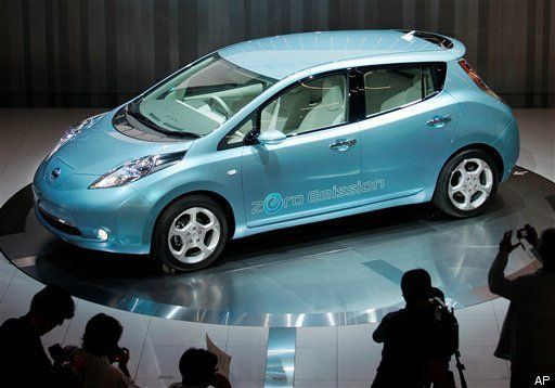 Nissan S Leaf Claims 367 Mpg Is It Better Than The Chevy Volt Video