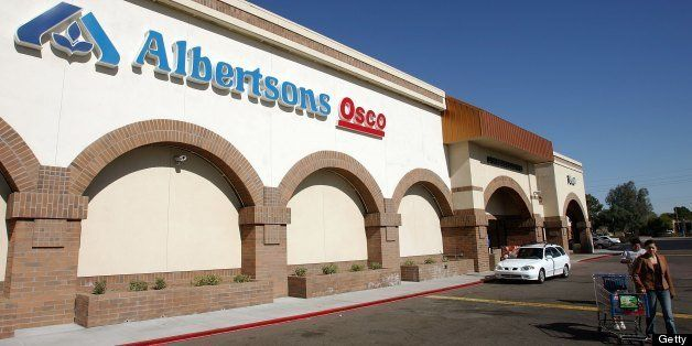 TEMPE, AZ - JANUARY 23:  A customer leaves an Albertsons store January 23, 2006 in Tempe, Arizona. An investment group that i