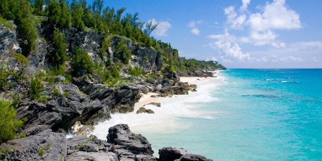 WARWICK PARISH, WARWICK, BERMUDA - 2007/08/15: Secluded Astwood Cove beach. (Photo by John Greim/LightRocket via Getty Images