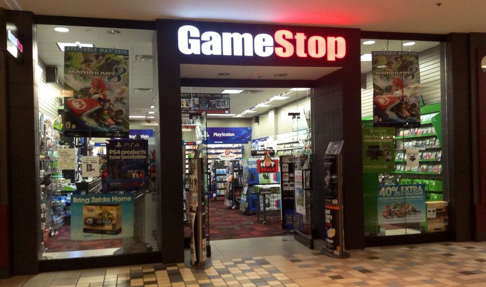 Company: GameStop CEO rating: 40% Company rating: 2.7 Years as CEO: 4 Number of employees: 17,000  Despite a business model t