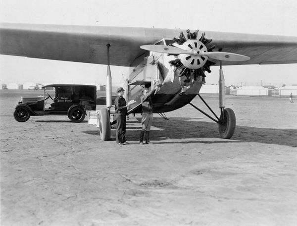 February 1929 United Air Express service – every major city on the West Coast and as far east as El Paso, TX. UPS shut down t