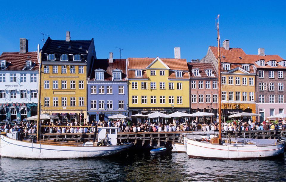 <strong>10. Denmark</strong> <strong>>> Human Development Index score:</strong> 0.900 <strong>>></strong> <strong>Gross nat'l
