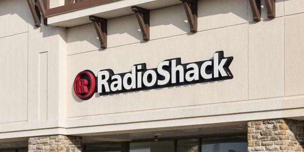 MOUNT LAURAL, NEW JERSEY, UNITED STATES - 2014/08/06: Radio Shack retail store. (Photo by John Greim/LightRocket via Getty Im