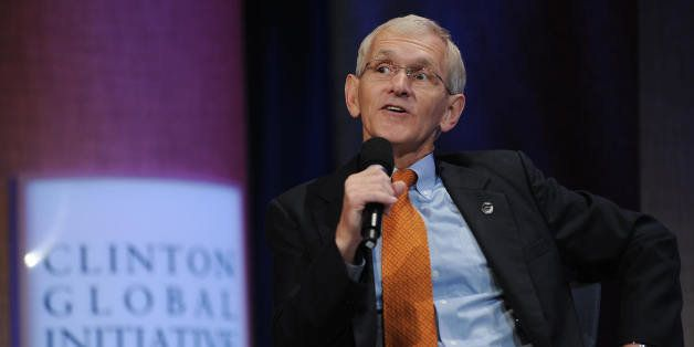 Steve Gunderson, President and CEO, Council on Foundations,speaks at the Clinton Global Initiative (CGI) September 26, 2008 i