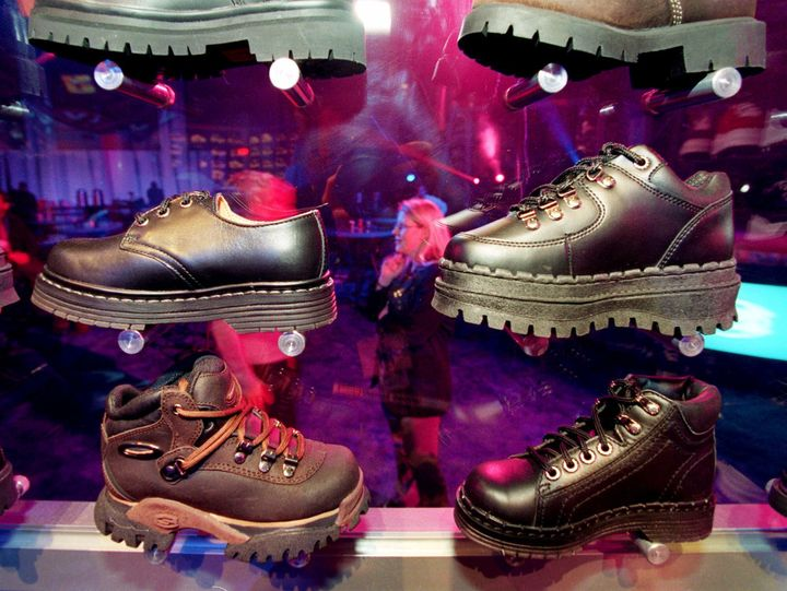 fd0b1c3f1184 Skechers Sues Sears For Infringement