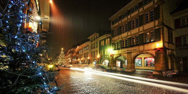 Night in town of Murten just before Christmas.