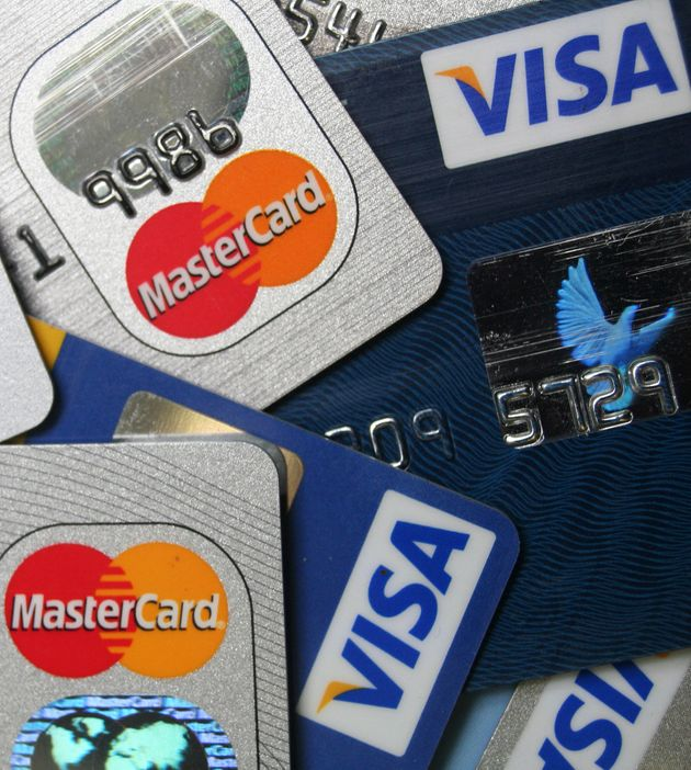 U S Banks Losing Ground In Combating Credit Debit Card Fraud Report Huffpost