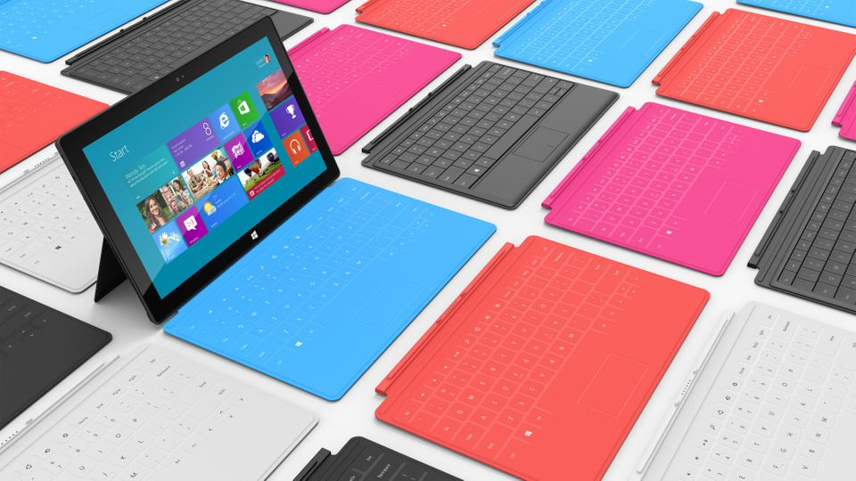 """<a href=""""http://gizmodo.com/5953866/microsoft-surface-rt-review-this-is-technological-heartbreak"""">Gizmodo's Sam Biddle</a> ha"""