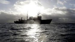 Φωτιά σε πλοίο με 335 επιβαίνοντες στη