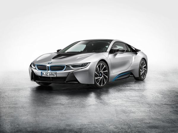 "<br>The <a href=""http://www.bmwusa.com/standard/content/vehicles/2014/bmwi/bmwi_i8redirect.aspx"" target=""_blank"">BMW i8's</a>"