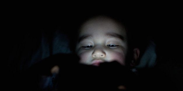 Study Finds Children With Electronics >> Study Finds Children With Electronics In Their Bedrooms Get Less
