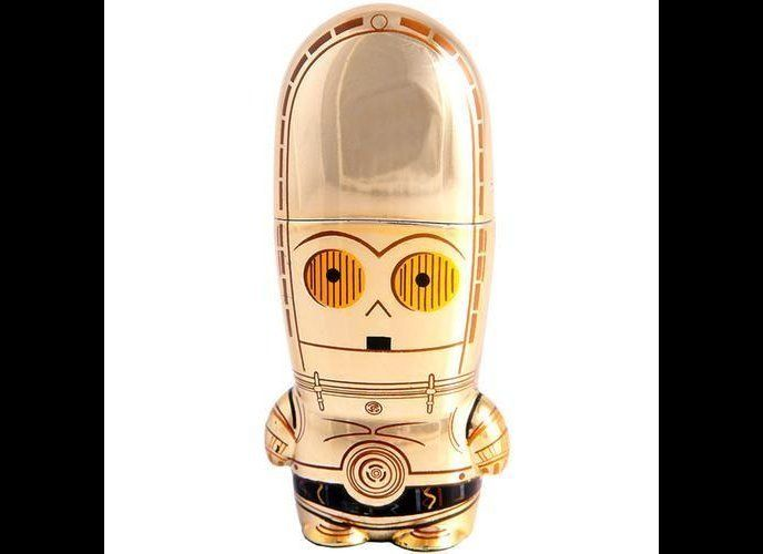 "This adorably designed <a href=""https://www.mimoco.com/mimobot/c-3po-mimobot "" target=""_hplink""><strong>C-3PO MIMOBOT</strong"