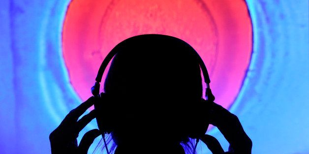 The 5 Best Music Apps That Won't Tear Through All Your Data   HuffPost