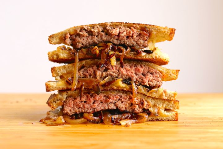 The burger in this patty melt could be a little more bread-shaped.