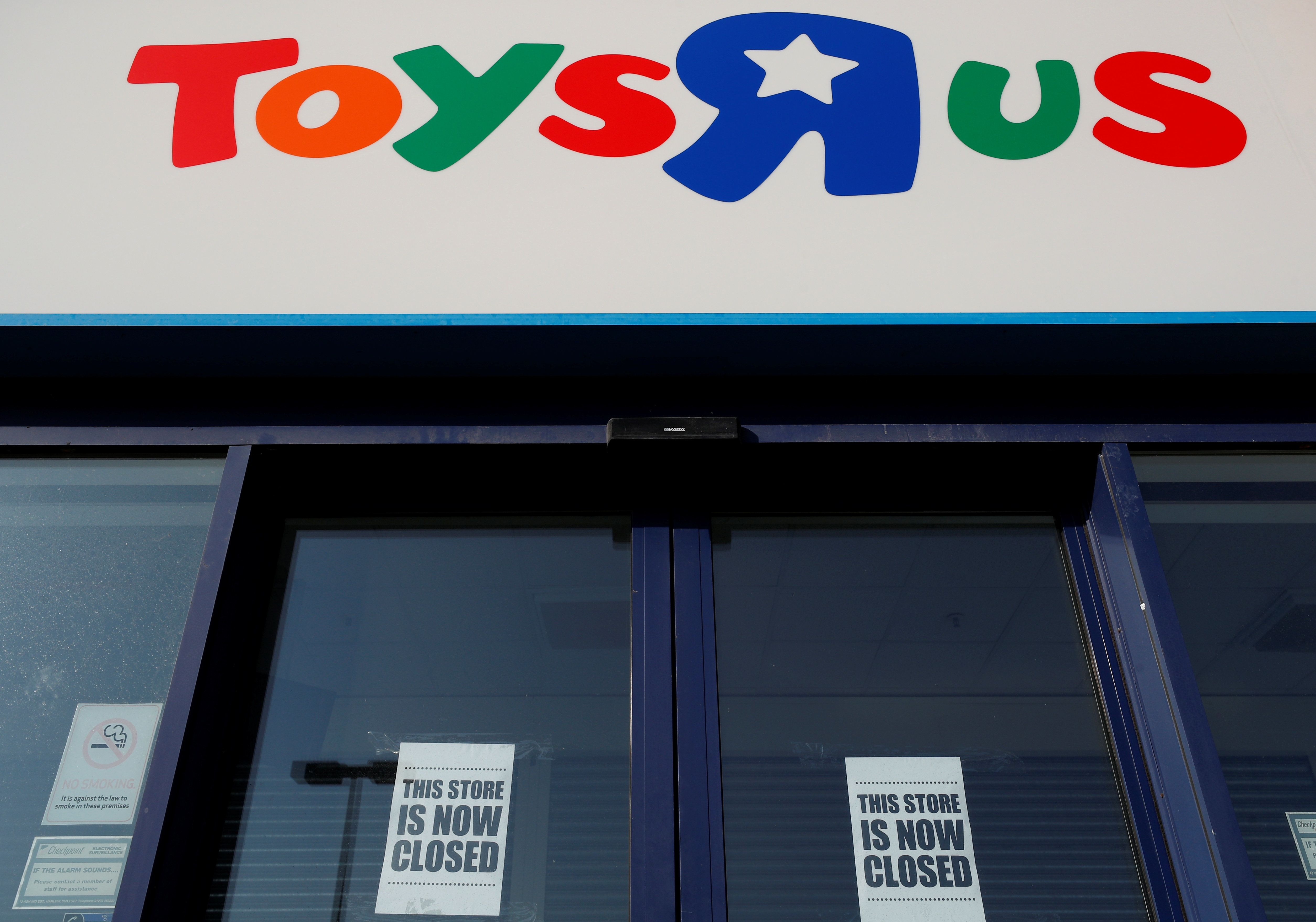 Toys 'R' Us May Be Making A Comeback After