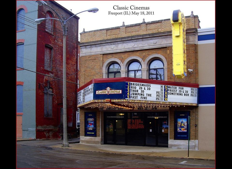 In 2003, Gregory Scott sued local Chicago theater chain Classic Cinemas for subjecting him and fellow moviegoers to advertise