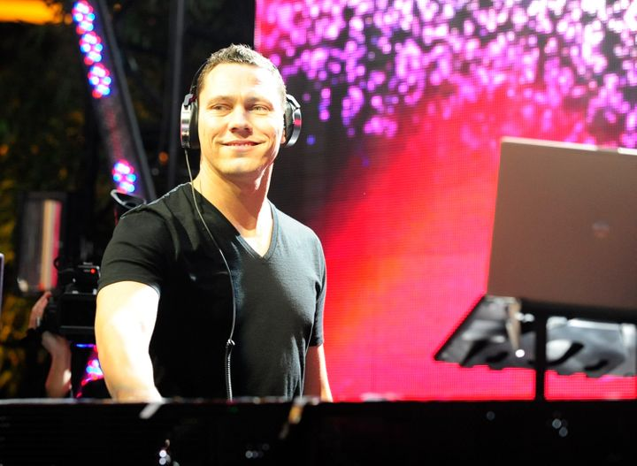 LAS VEGAS, NV - JANUARY 11:  DJ/producer Tiesto performs at the launch of 'In The Booth' at XS nightclub on January 11, 2012
