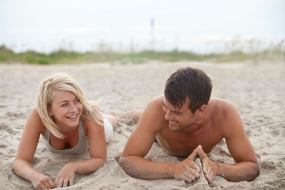 "This film image released by Relativity Media shows Julianne Hough, left, and Josh Duhamel in a scene from ""Safe Haven."" (AP P"