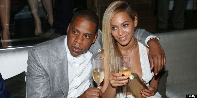 NEW YORK, NY - JUNE 17:  (L-R) Jay-Z and Beyonce attend The 40/40 Club 10 Year Anniversary Party at 40 / 40 Club on June 17,