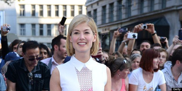 LONDON, ENGLAND - JULY 10:  Rosamund Pike attends the World Premiere of 'The World's End' at Empire Leicester Square on July