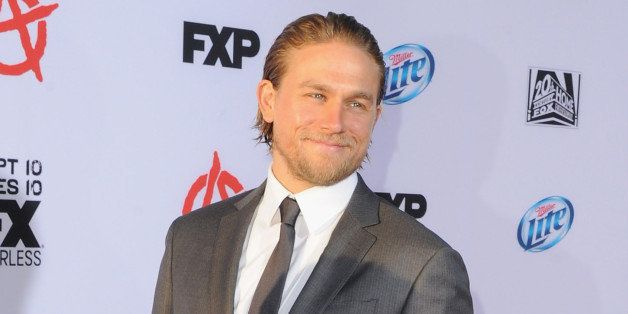 HOLLYWOOD, CA - SEPTEMBER 07:  Actor Charlie Hunnam arrives at FX's 'Sons Of Anarchy' Season 6 Premiere Screening at Dolby Th