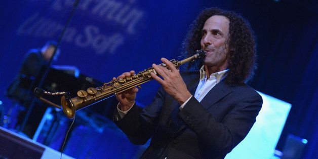NEW YORK, NY - JANUARY 14:  Saxophonist Kenny G performs at Hard Rock Cafe, Times Square on January 14, 2014 in New York City