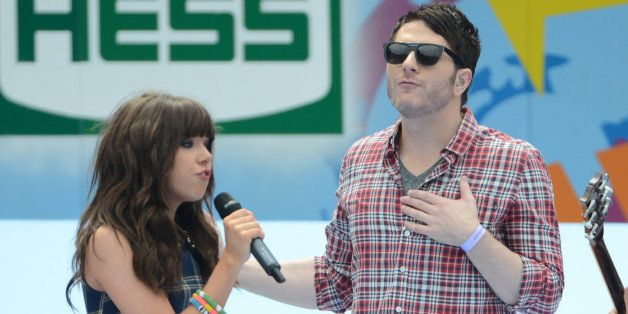 NEW YORK, NY - AUGUST 25: Carly Rae Jepsen and Adam Young of Owl City perform at the 2012 Arthur Ashe Kids' day at the USTA B