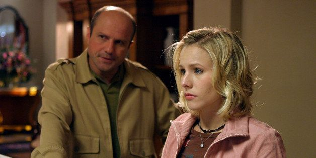 UNSPECIFIED - JANUARY 31:  Medium shot of Enrico Colantoni as Keith and Kristen Bell as Veronica.  (Photo by Justin Lubin/War