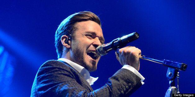 NEW YORK, NY - MAY 05:  Musician Justin Timberlake performs during MasterCard Priceless Premieres Presents Justin Timberlake