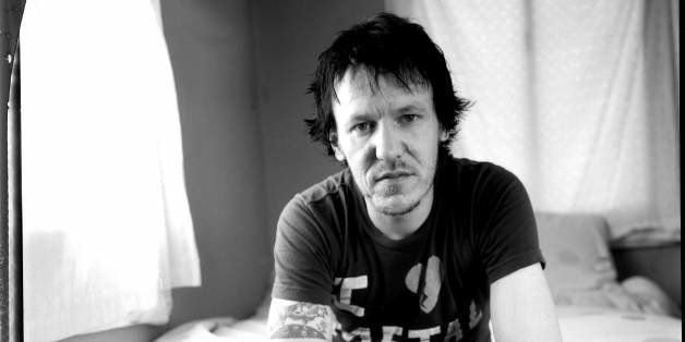 UNITED STATES - MARCH 22:  Photo of Elliott SMITH; Elliott Smith 03/22/03  (Photo by Wendy Redfern/Redferns)