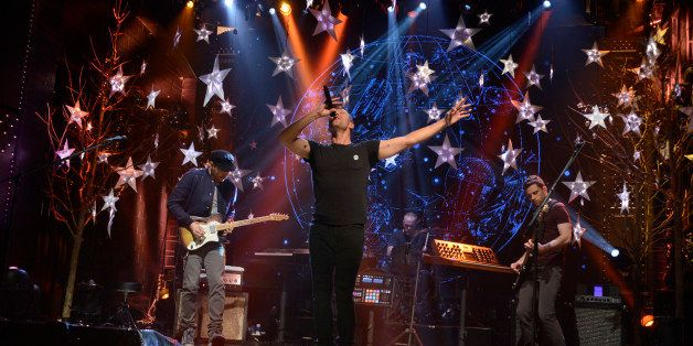 SATURDAY NIGHT LIVE -- 'Andrew Garfield' Episode 1660 -- Pictured: Jonny Buckland, Chris Martin, Will Champion and Guy Berrym