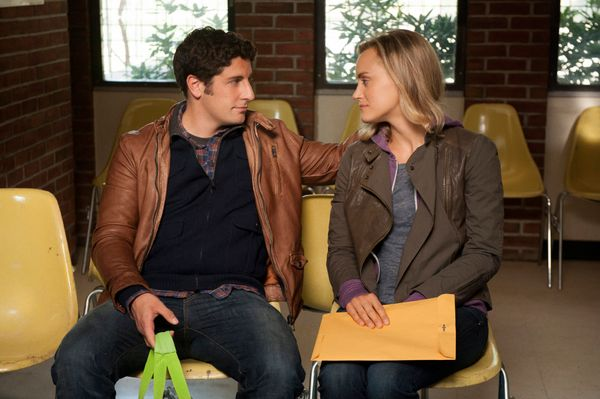 Jason Biggs and Taylor Schilling