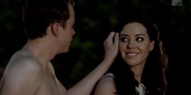 Life After Beth Trailer Is Aubrey Plazas Zombie Debut Huffpost