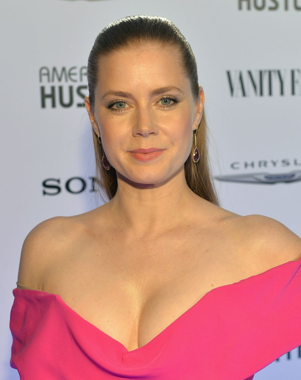 LOS ANGELES, CA - FEBRUARY 27:  Actress Amy Adams attends Vanity Fair and Chrysler Toast American Hustle during Vanity Fair C