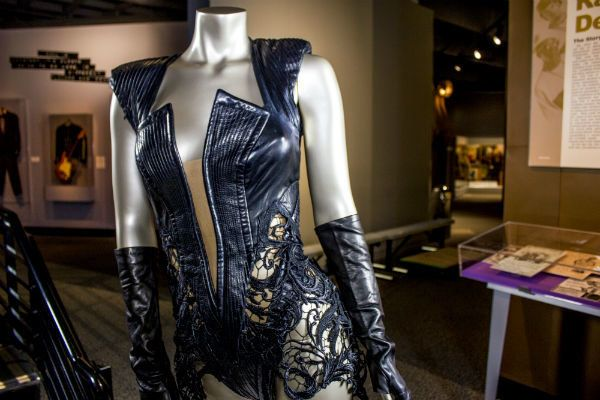 Rubin Singer leather and lace body suit worn by Beyoncé at her 2013 Super Bowl halftime show performance.