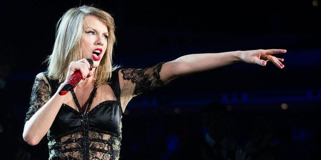 SINGAPORE - JUNE 09:  Taylor Swift performs at Singapore Indoor Stadium on June 9, 2014 in Singapore.  (Photo by Nicky Loh/TA