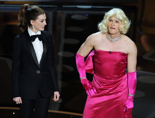 "The 2011 Oscars went down in history for its one major upset: the presenters, James Franco and Anne Hathaway.   The<a href=""h"
