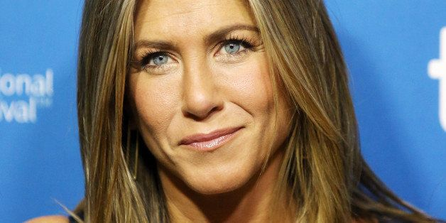 Jennifer Aniston Says Going Without Makeup In 'Cake' Was