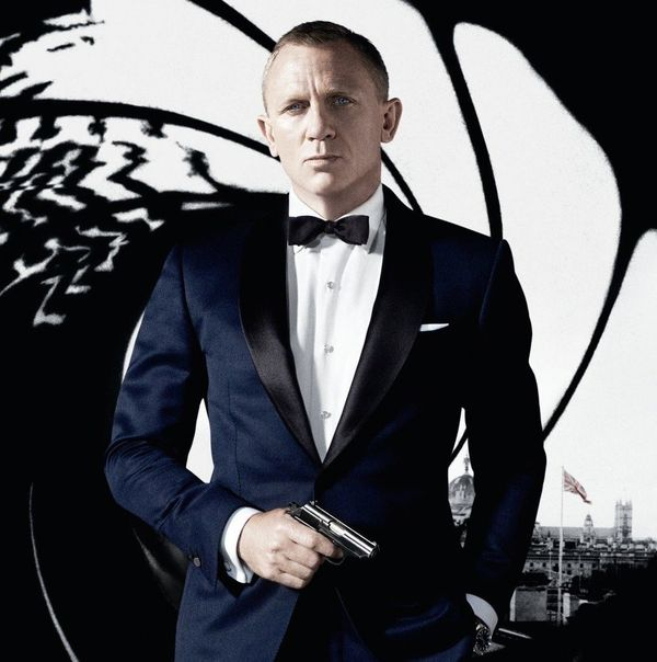 Almost nothing says Thanksgiving and family like a Bond film. While a 007 marathon would be the best possible scenario, Netfl