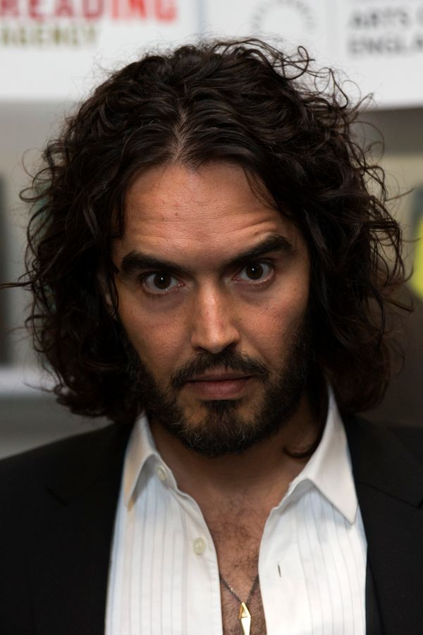 "PETA crowned comedian Russell Brand the <a href=""http://features.peta.org/sexiest-Vegetarian-Celebrities-2011/Winners.aspx"" t"