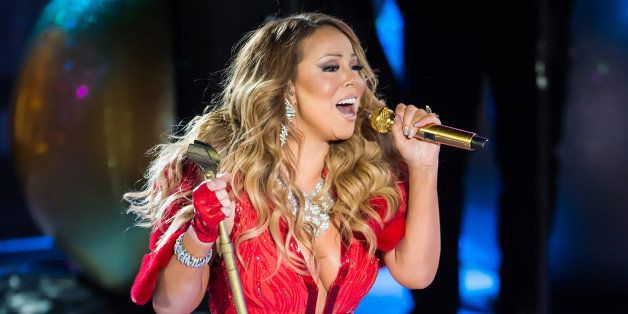 NEW YORK, NY - DECEMBER 03:  Mariah Carey performs during the 82nd Annual Rockefeller Christmas Tree Lighting Ceremony at Roc