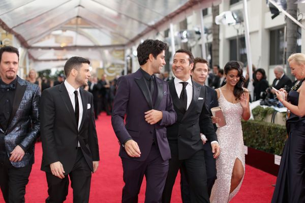 LOS ANGELES, CA - JANUARY 11: 72nd ANNUAL GOLDEN GLOBE AWARDS -- Pictured: (l-r) Actors Kevin Dillon, Jerry Ferrara, Adrian G