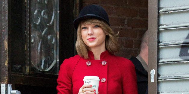 NEW YORK, NY - JANUARY 17:  Taylor Swift is seen in TriBeCa on January 17, 2015 in New York City.  (Photo by Alessio Botticel
